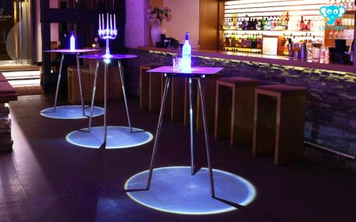LED Table RGBW